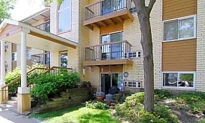 Emhurst Lake Apartments, 1
