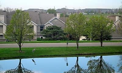 Hawthorne Apartment Homes, 1