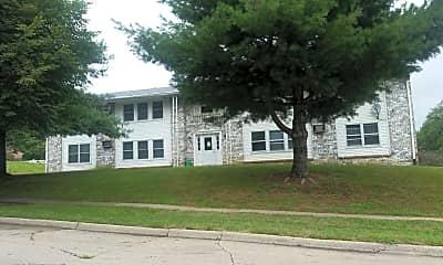 Magnolia Manor, 0