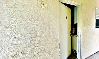 Bathroom, 239 Lower Cliff Dr., 1