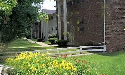 Gatehouse Apartments, 1