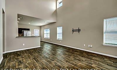 Living Room, 2902 Tilmon Ln., 2