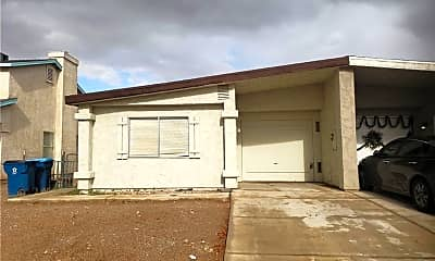 Building, 3630 Three Bars Ct, 1
