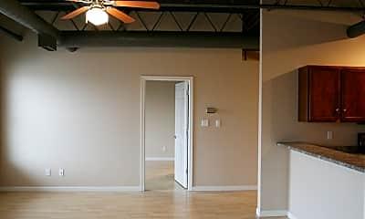 Bedroom, 1120 S Walnut St, 1