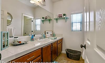 Bathroom, 3249 Winslow St, 2