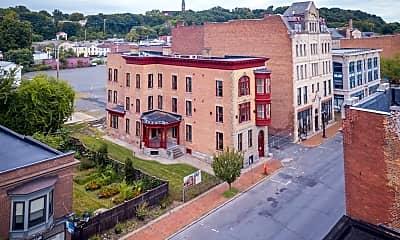 Building, 134 Remsen Street, 1