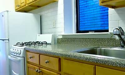 Kitchen, 218 E 94th St, 0