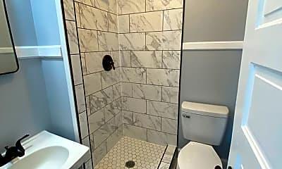 Bathroom, 426 S Beaumont Ave, 1