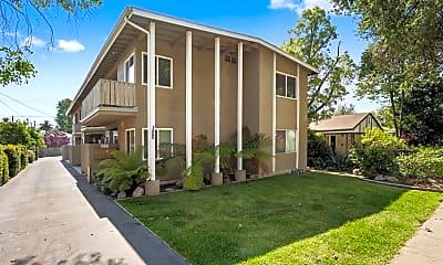 Building, 100 S Grand Oaks Ave 3, 1