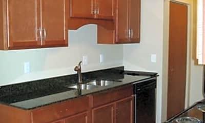 Kitchen, 14600 Shannon Pkwy, 2