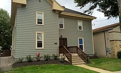 Building, 224 Poplar St, 0