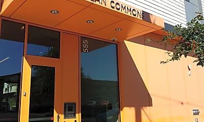 Glisan Commons, 1