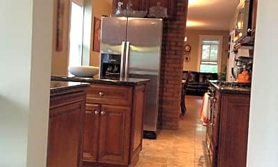 Kitchen, 178 W 4th Ave, 1