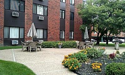 Trinity High Rise Apartments, 2