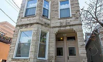 Building, 2013 W Iowa St, 2