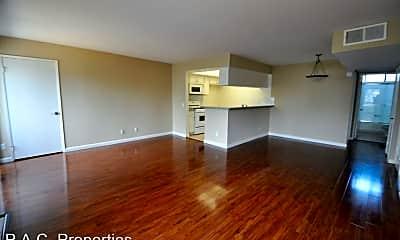 Living Room, 12352 Burbank Blvd, 1