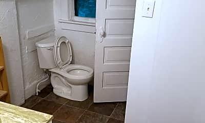 Bathroom, 3055 S St, 2