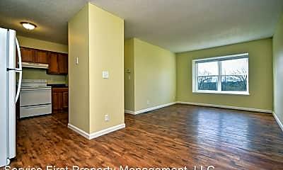 Living Room, 616 Evergreen Ave, 1
