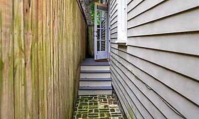 Patio / Deck, 3715 Magazine St, 2