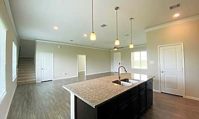 Kitchen, 303 Hunter Ct, 1