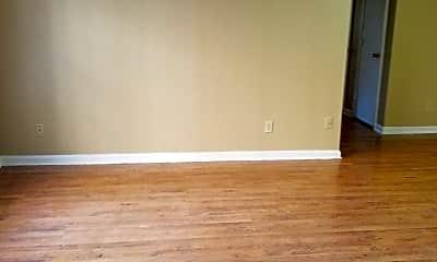 Living Room, 310 N Hite Ave, 1