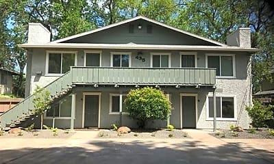 Building, 435 Maple St, 1