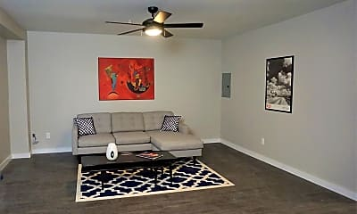 Living Room, 600 NW 32nd St, 1
