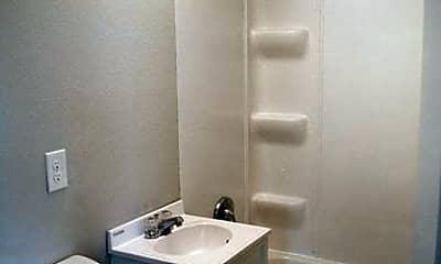 Bathroom, 1120 Polk Blvd, 2