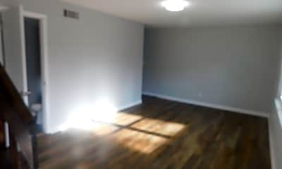 Living Room, 3608 Taft Hwy, 1