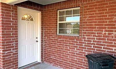 Patio / Deck, 225 Oak Ct 225, 1