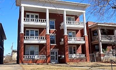Building, 3925 Roanoke Rd, 0