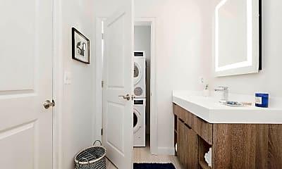 Bathroom, 200 N 16th St 2220, 2