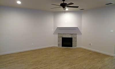 Living Room, 2107 9th St, 1