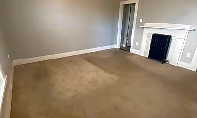 Living Room, 578 Beech St, 1