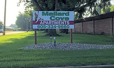 Mallard Cove Apartments, 1