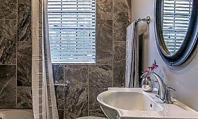 Bathroom, 37 Bluff St, 2