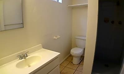 Bathroom, 1334 W Whittier Blvd, 2