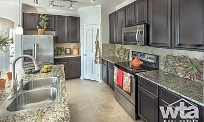 Kitchen, 625 Creekside Way, 1