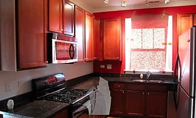 Kitchen, 4335 N Troy St 2N, 1
