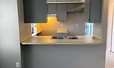 Kitchen, 2150 Texas St, 1