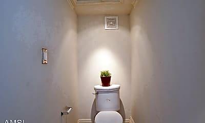 Bathroom, 833A San Jose Avenue, 2