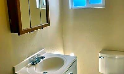 Bathroom, 1425 Douglas St, 1