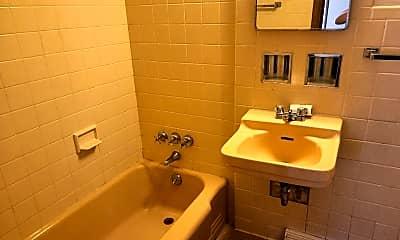 Bathroom, 3219 Darwood Dr, 1