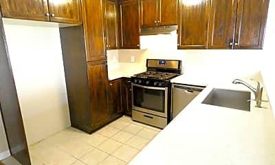 Kitchen, 9316 Palm St, 1