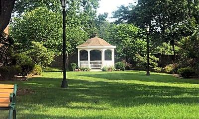 Bryant Gardens, 2
