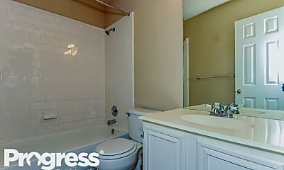Bathroom, 1159 Wake Forest Dr, 2