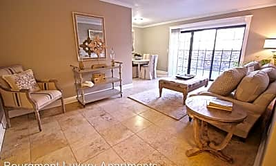 Living Room, 4440 Jarboe St, 1