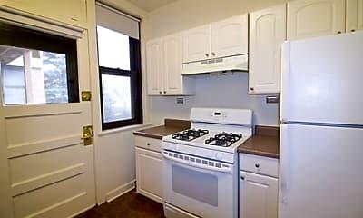 Kitchen, 5409 S Blackstone Ave, 2