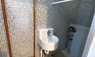 Bathroom, 1536 Brunswig Lane, 2