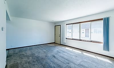Living Room, 3211 Terrace Dr, 1